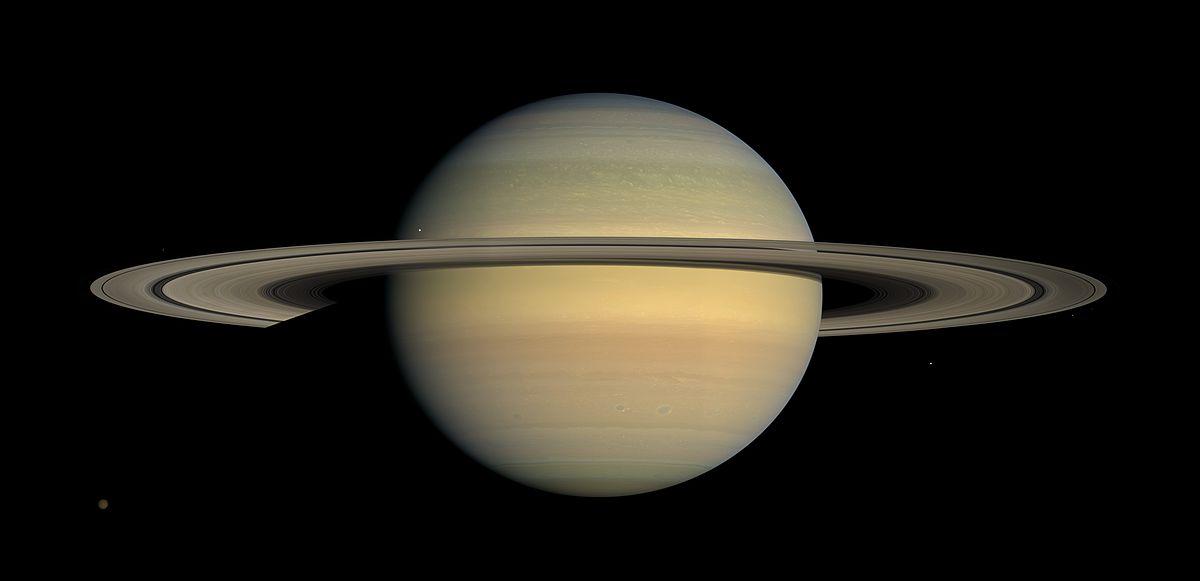 Saturn_during_Equinox